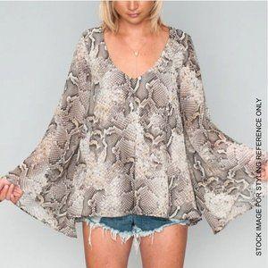 Show Me Your Mumu MED Lizzie Snakeskin Tunic Shirt